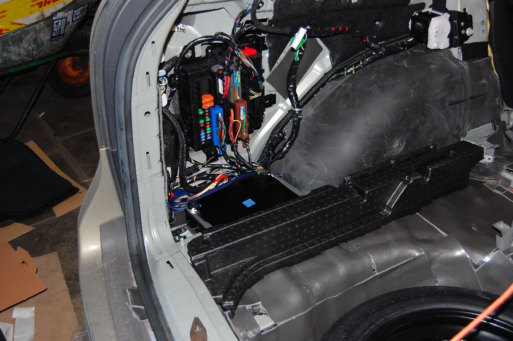 stealth amp install 9 3 sportcombi saabcentral forums