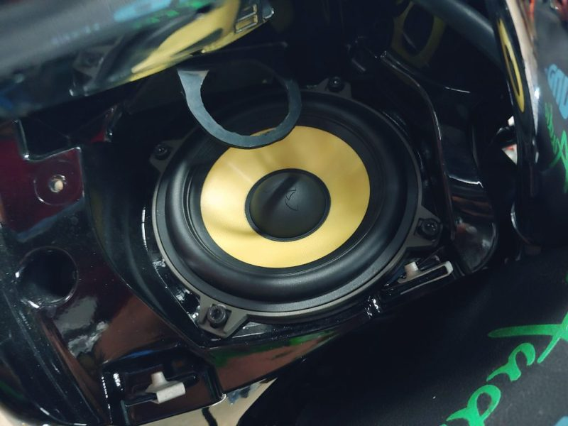 Indian Chieftain front speakers