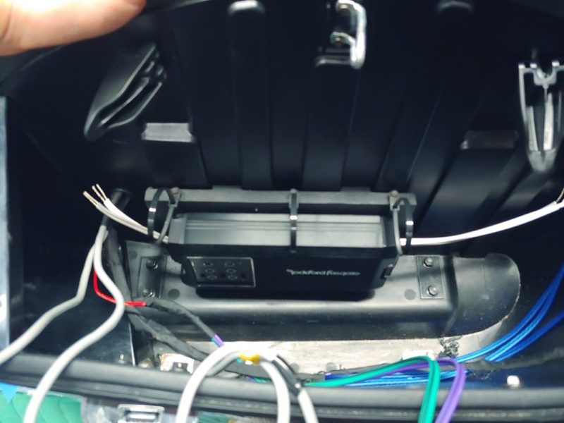 Indian Chiftain Roadmaster amplifier