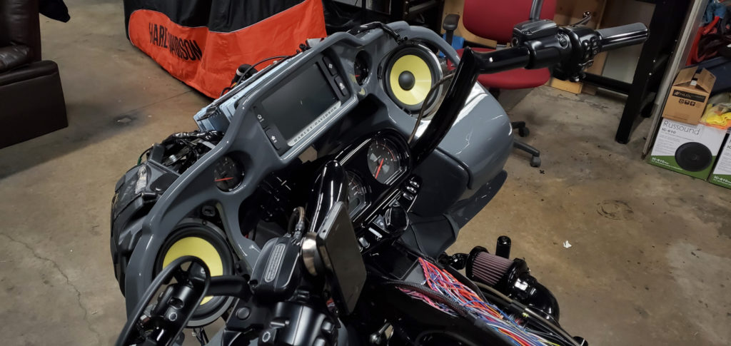 Динамики на мотоцикл Харлей